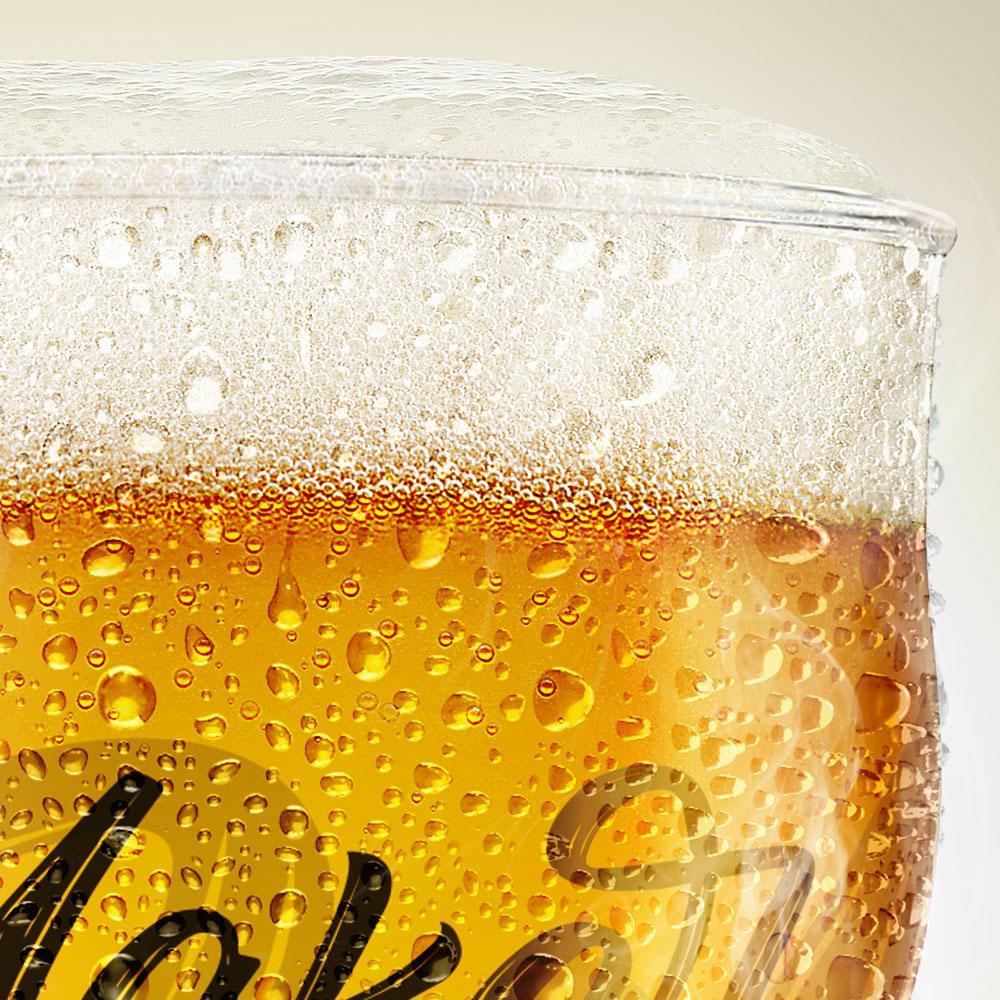 copo de cerveja mockup